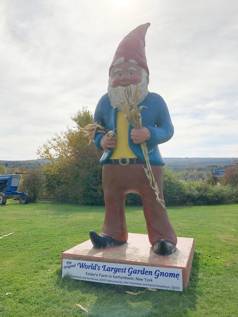 Kelder's Farm - World's largest Garden Gnome